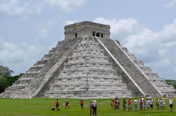 Chichen Itza, Meksiko-Seven Wonders Of The World Wallpaper (mexiconewsdally.com)