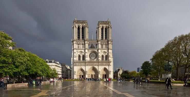 Cathedrale Notre Dame de Paris (www.notredamedeparis.fr)