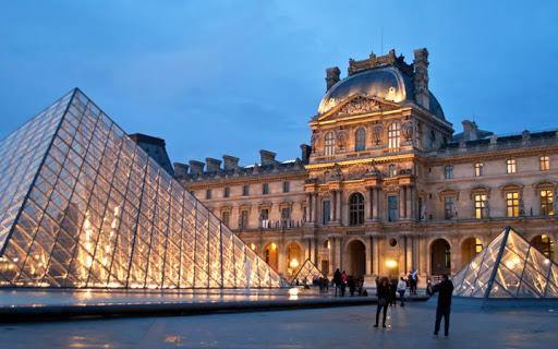 Louvre-Paris-museum-the-worlds-largest-museum