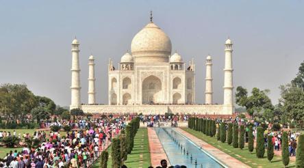 Now pay Rs 200 extra to enter Taj Mahal's main mausoleum