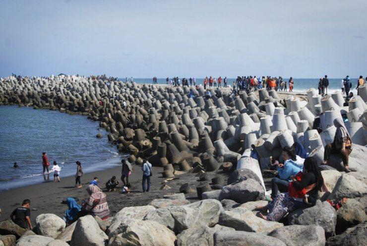 Glagah Beach Holidays Yogyakarta