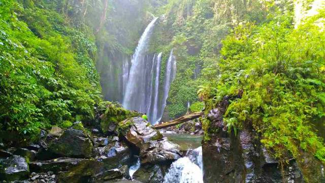 Lombok Holiday Attractions-Sendang Gile Falls