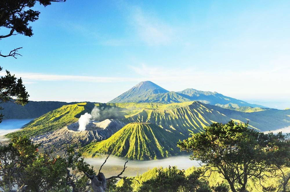 Mount-Bromo-Sunrise Tourism Indonesia