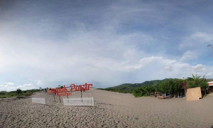Tourism Gumuk Pasir Parangkusumo Beach