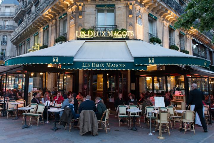 Cafes, restaurants and hotels in Paris
