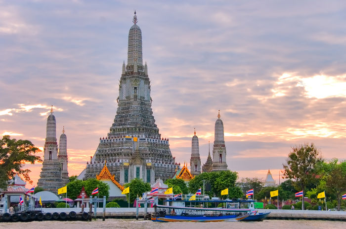 Dawn Temple Tourist Attraction (Wat Arun) Bangkok (Into Asia)