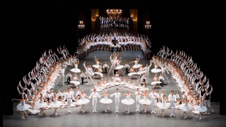 Entertainment and Opera in Paris