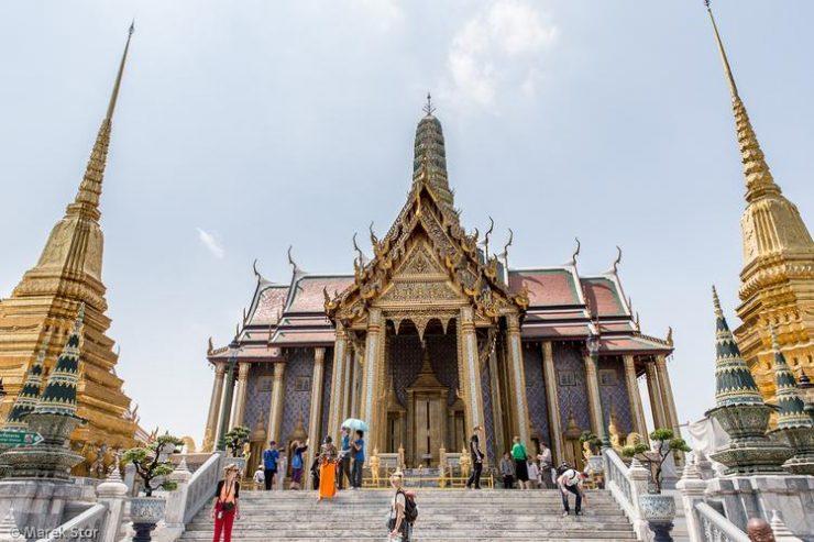 Tourist locations of the Temple of the Emerald Buddha Bangkok (blogi.gazetapowiatowa.pl)