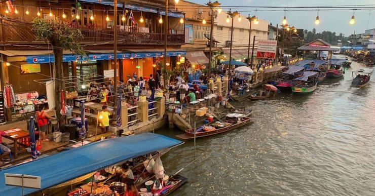 Amphawa Floating Night Market (TripCanvas Thailand)