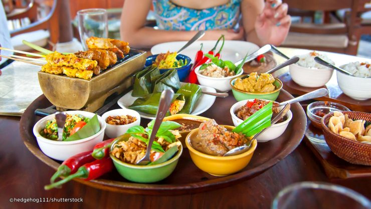 Choose places to eat cheap in Bali