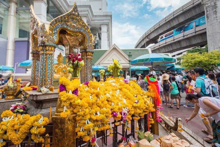 Erawan Shrine Bangkok Thailand (iTravel Channel)