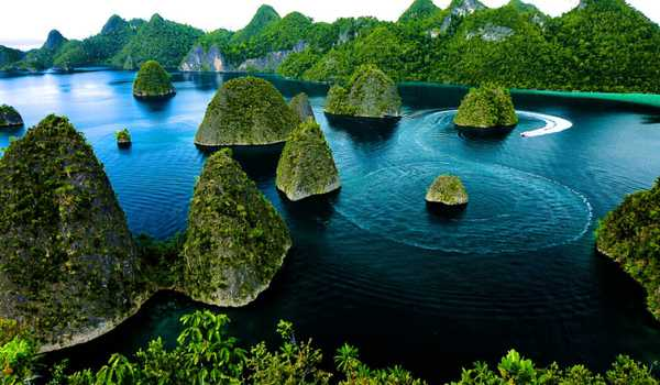 Islands Tourism and Resorts in Raja Ampat Papua