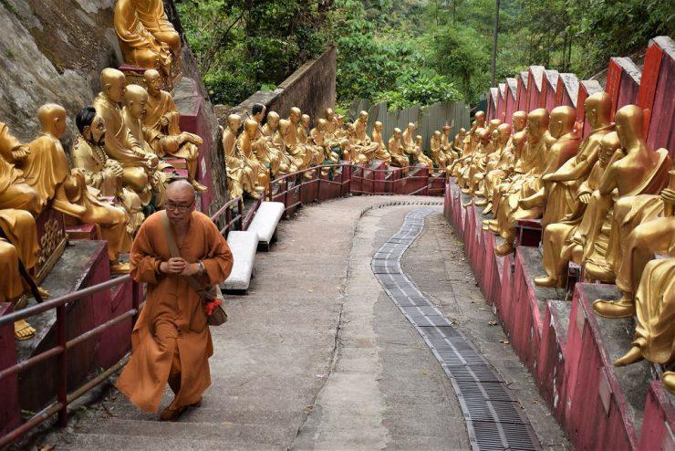 Ten Thousand Buddhas Monastery Hong Kong (Flickr)