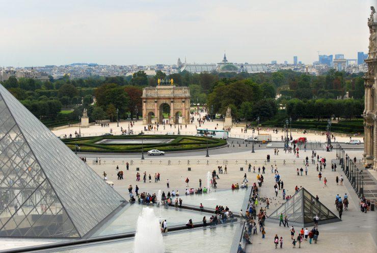 Arc de Triomphe du Carrousel and Louvre Paris
