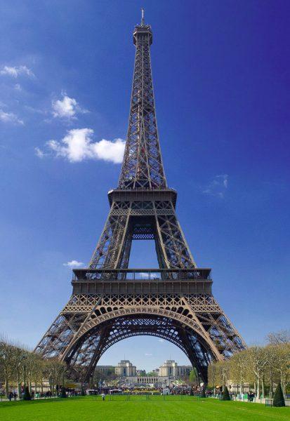 Eiffel tower description in english