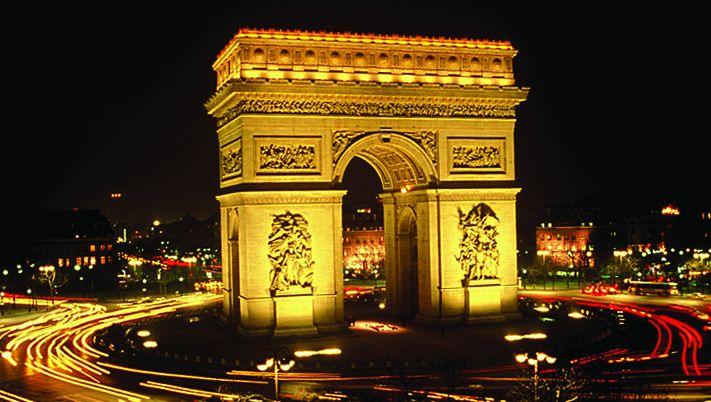 Night at Arc de Triomphe Paris