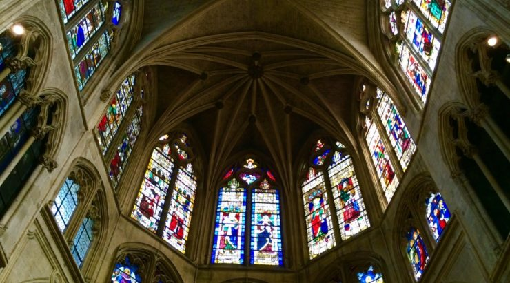 Notre Dame de Paris -Admire-gothic-vault-and-medieval-stained-glass-windows