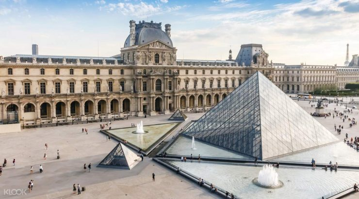 The Louvre Museum Paris (Klook)