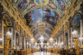 Amazing Facts abaout the Palace of Versailles (Discover Walks)
