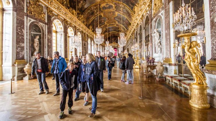 Interior Mirror Palace of Versailles Paris (GetYourGuide)