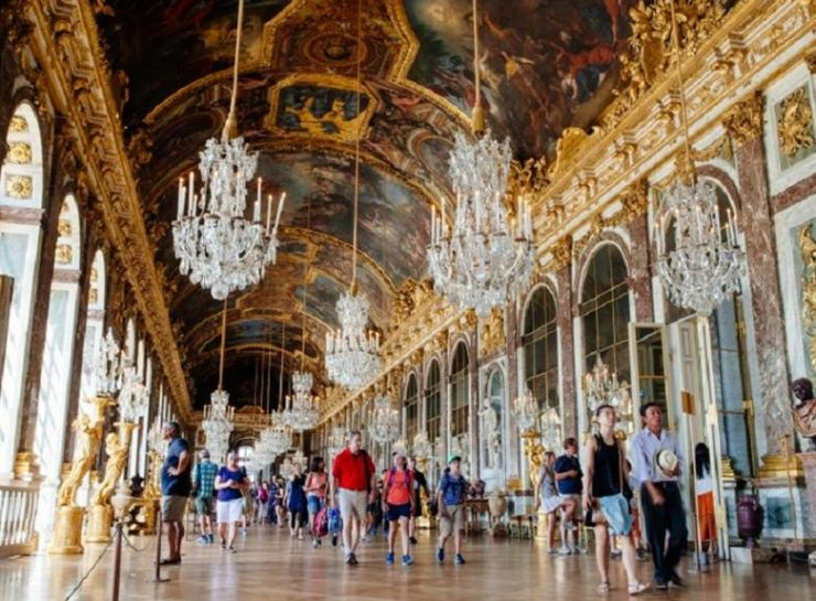 Versailles Chateau and Gardens Tour from Paris (HappyToVisit)